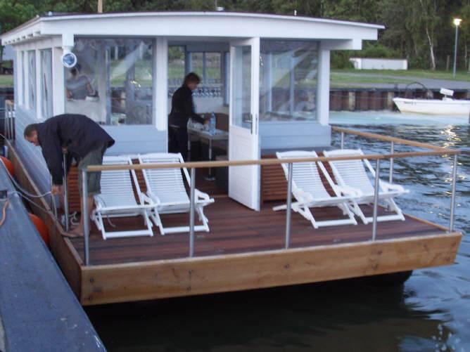 mobiele hausboote. Black Bedroom Furniture Sets. Home Design Ideas
